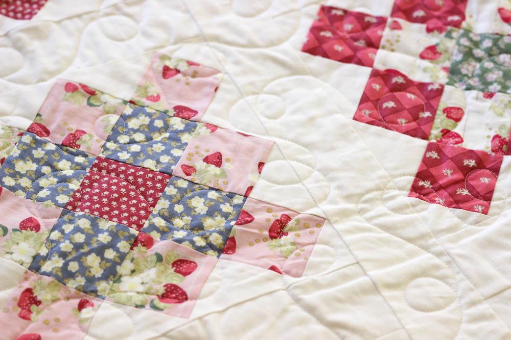 Loopy quilting granny square quilt kristinesser.com