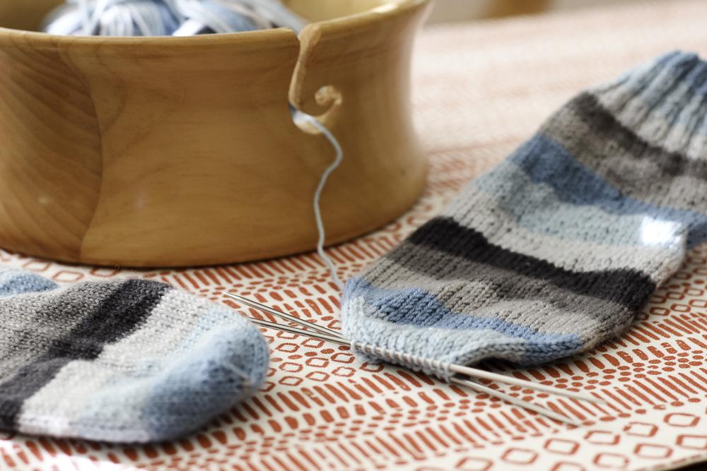 I love a good sock knitting project
