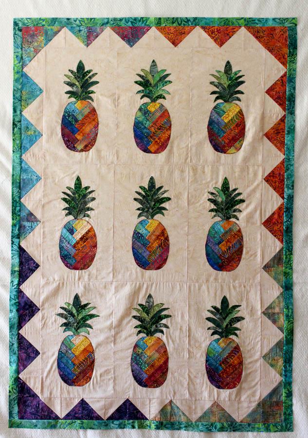 Pineapple Quilt in batiks