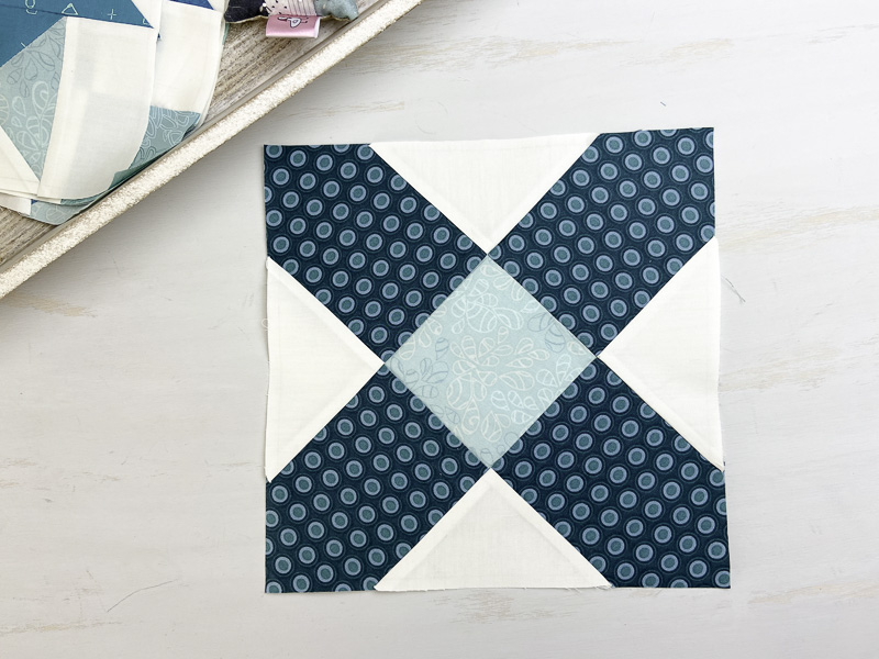 Book Club: Hand Pieced Quilt Along